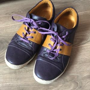 Vionic Leather Lace Up Sneakers
